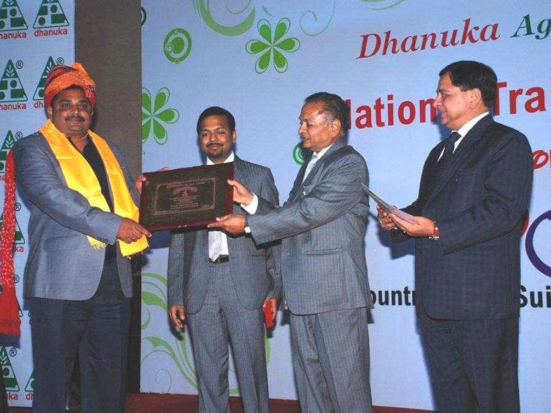 2014-Sales team felicitation at National Training Program